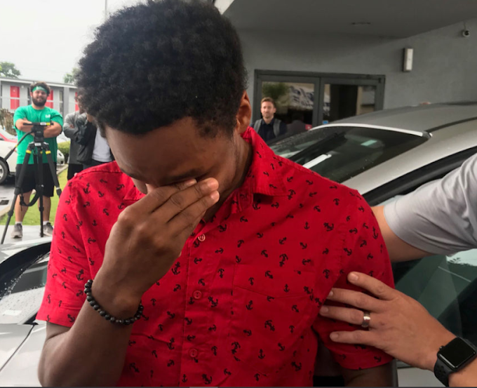 Student who started walking from midnight in order to get to his new job by 8 a.m. is gifted a new car by his CEO (video)