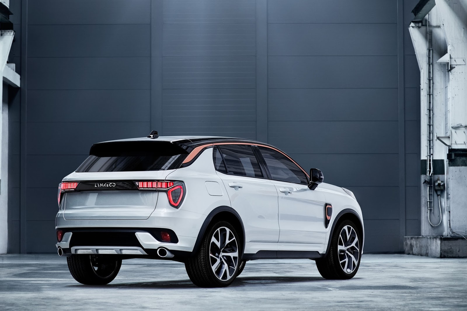 Lynk Amp Co 02 To Be A Crossover Carscoops