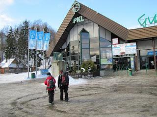 Dolna stacja kolejki linowo-terenowej na Gubałówkę.