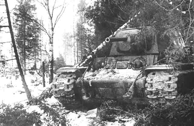 Soviet KV-1 during the Battle of Moscow, October 1941 worldwartwo.filminspector.com