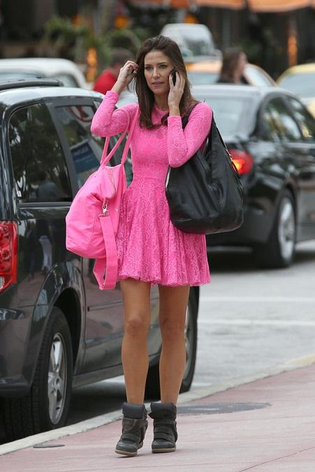 Nikki Novak Leggy Look in Pink Dress ~ Krazy Fashion Rocks