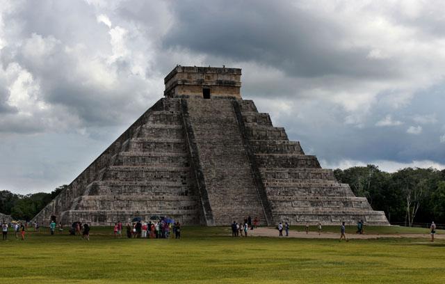 La Pirámide de Kukulkán, imagen que simboliza el conjunto arqueológico de Chichén Itzá