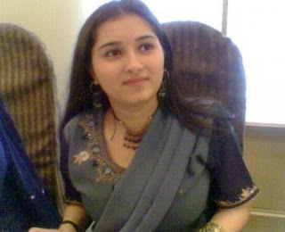 Pakistan Sexy Girls ~ Faiza iqbal