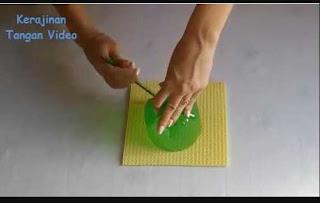 Cara Membuat Celengan Dari Botol Bekas Bentuk Kura-Kura