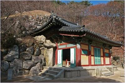 ถ้ำช็อกกูรัม (Seokguram Grotto)