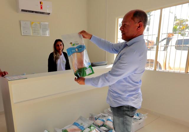Deputado Coronel Chrisostomo visita Ariquemes e participa de reunião com representantes comerciais e a Feira do Peixe Expovale