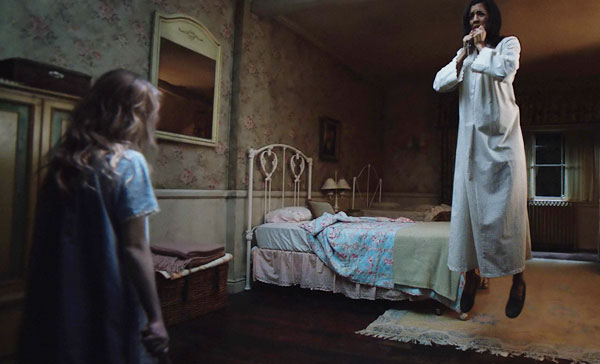 One of the terrifying moments in ANNABELLE: CREATION (2017)