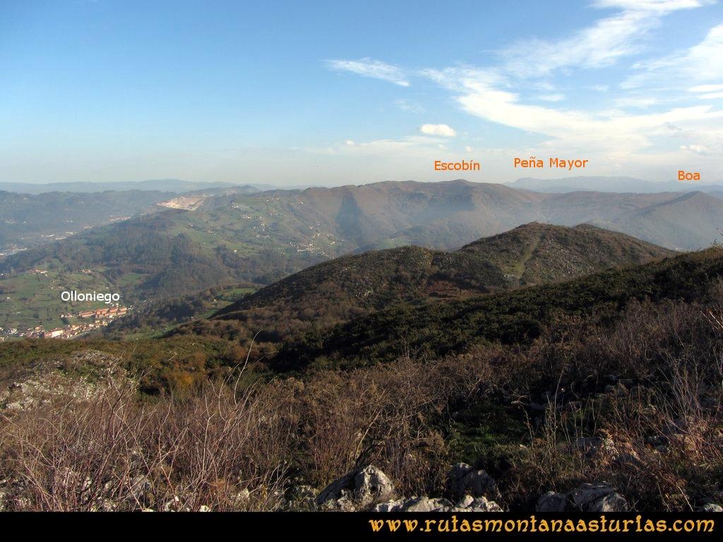 Ruta Baiña, Magarrón, Bustiello, Castiello. Vista del Escobín y Peña Mayor desde el Pico Magarrón