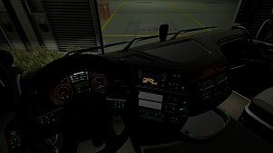 DAF Euro 6 green dashboard lights