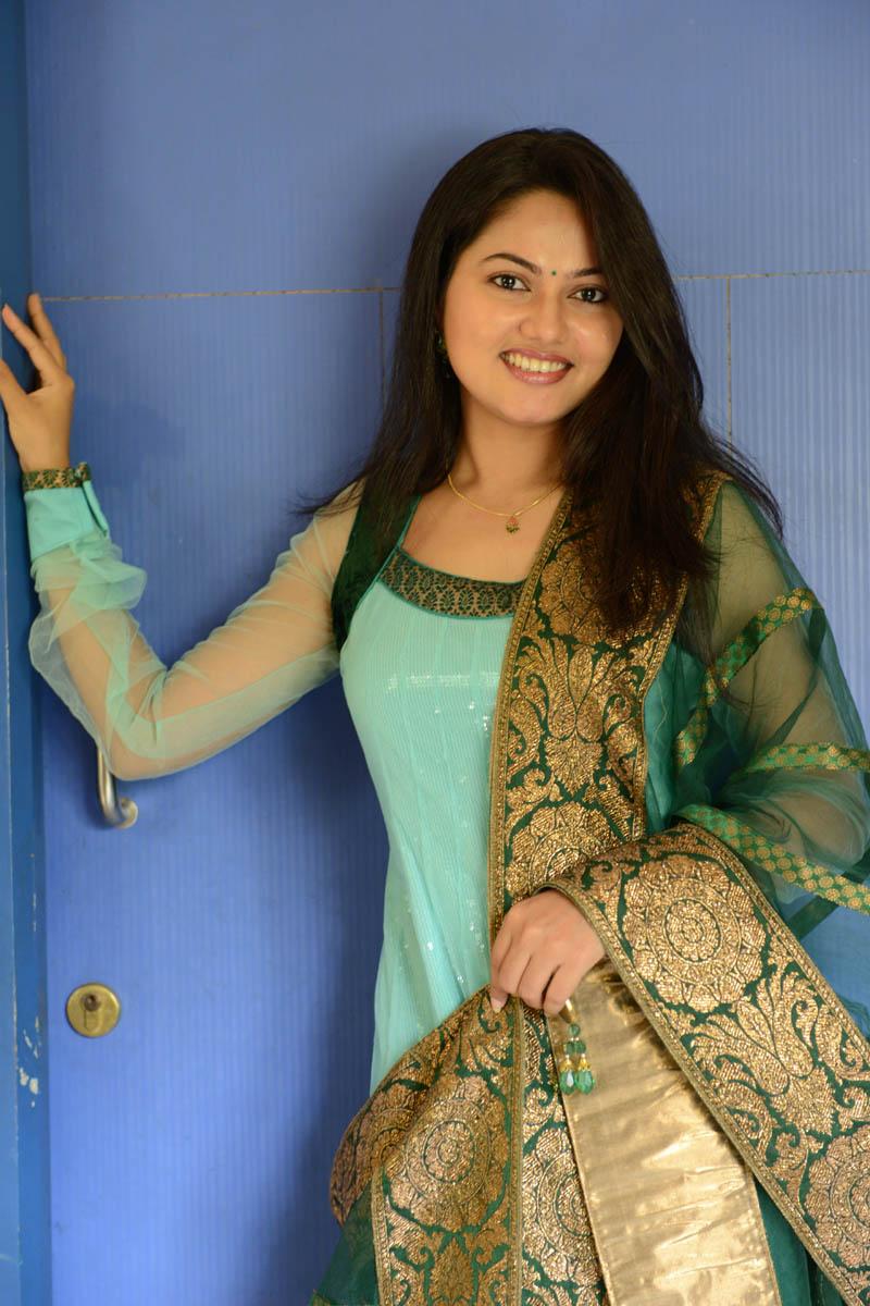 Actress suhasini facebook