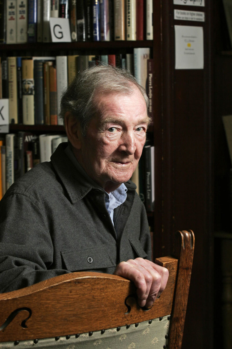 curiosity alastair reid The poet and translator alastair reid, who died on monday at the age of eighty-eight, had itchy feet he was famously itinerant and lived all over the world—new york, england, spain, switzerland .