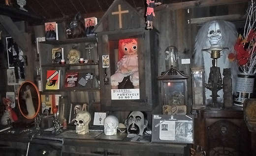 https://roadtrippers.com/us/monroe-ct/attractions/warren-occult-museum?lat=40.80972&lng=-96.67528&z=5