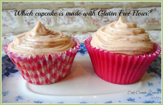 Cupcakes made with regular flour and gluten free flour