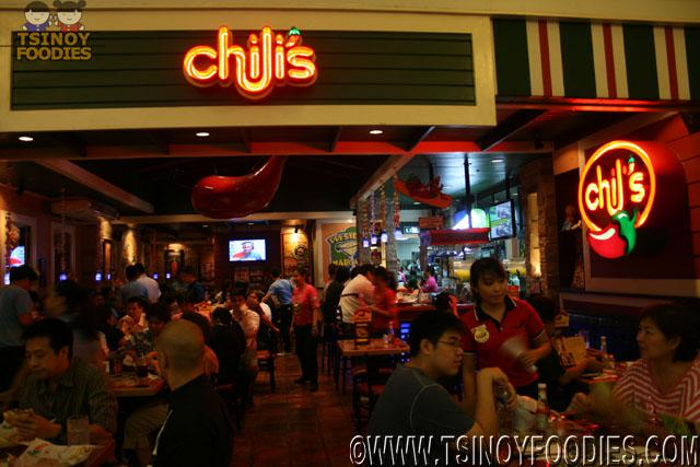 Chilis Grill and Bar 5th Big Mouth Burger Day in