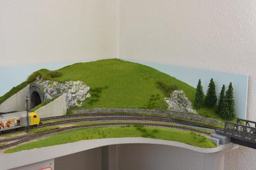 Modulanlage in H0 und H0e - Der Tunnelberg - immer noch nicht fertig
