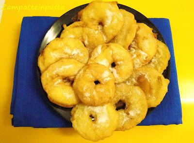 Frittelle di mele - Ricetta di Carnevale