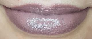 Avon mark. Epic Lip Lipstick in Street Style