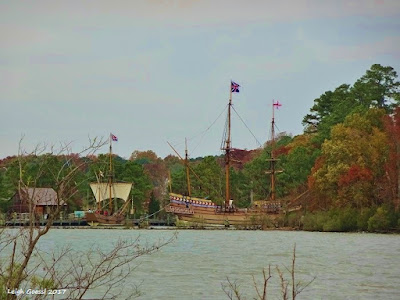 Jamestowne Museum and replica boats