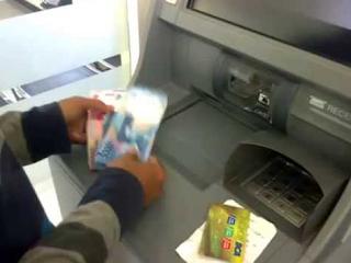 Uang Elektronik, Kemudahan Bagi Masyarakat dengan ATM Stor Tunai