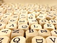 Traveling atau Travelling Sih? Ini Dia 5 Kata Bahasa Inggris yang Membingungkan!