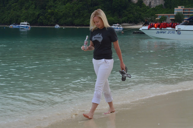 Sydney Fashion Hunter - The Wednesday Pants #51 Peaceful Phi Phi