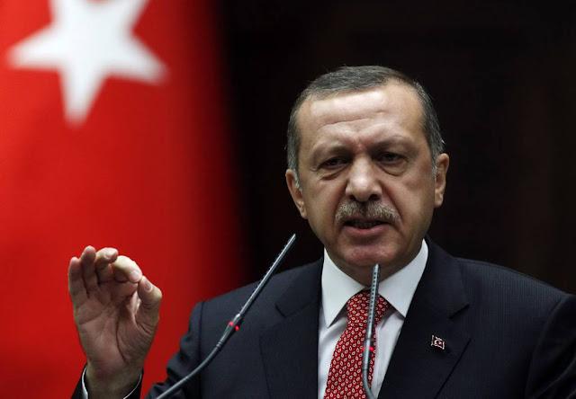 """Επιμένει ο Ερντογάν: """"Δεχτήκαμε από ανάγκη τη Λοζάνη, την αρνούμαστε"""""""