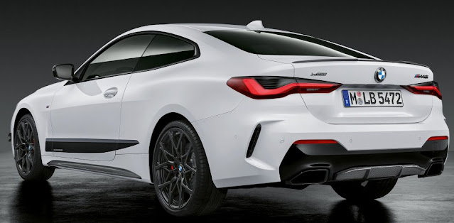 new-bmw-m440i-taillights-exhaust-emblem