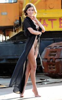 青少年的裸体女孩 - Suzanna%2BA-S01-002.jpg