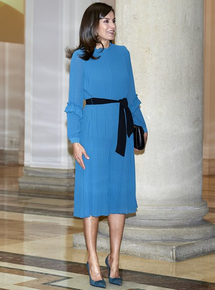 Zara pleated jumpsuit dress with belt from spring summer collection. Queen Letizia wore a pleated jumpsuit by Zara