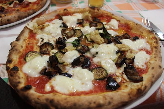 Little Good Things - Pizza napoletana