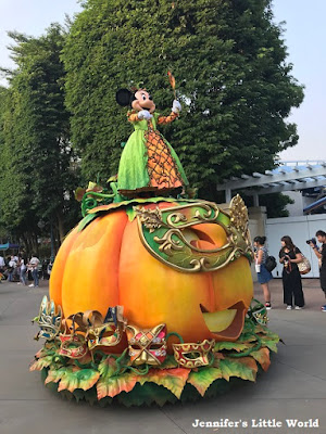 Disneyland Halloween Parade Hong Kong