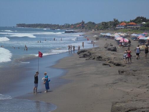 Batu Mejan Beach, Echo Beach Canggu Bali, Pantai Batu Mejan Bali