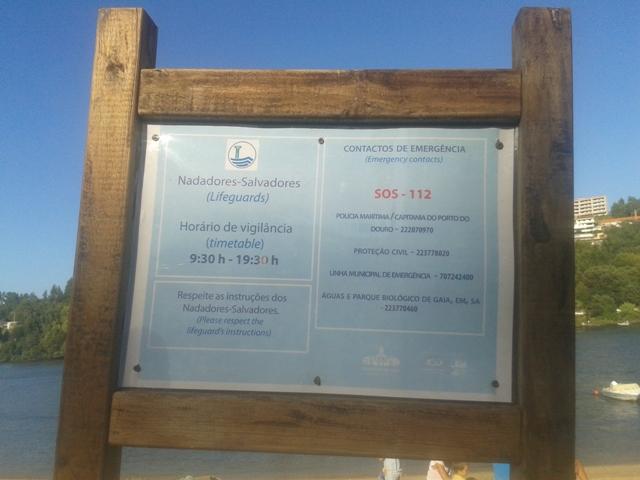 Informações sobre a praia de Arnelas