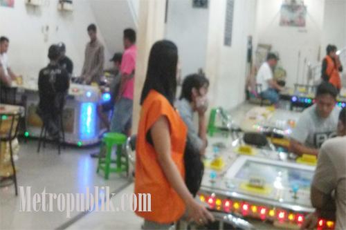 Judi Gelper Abizon Kembali Beroperasi,Emak-emak Terancam Uang Belanja