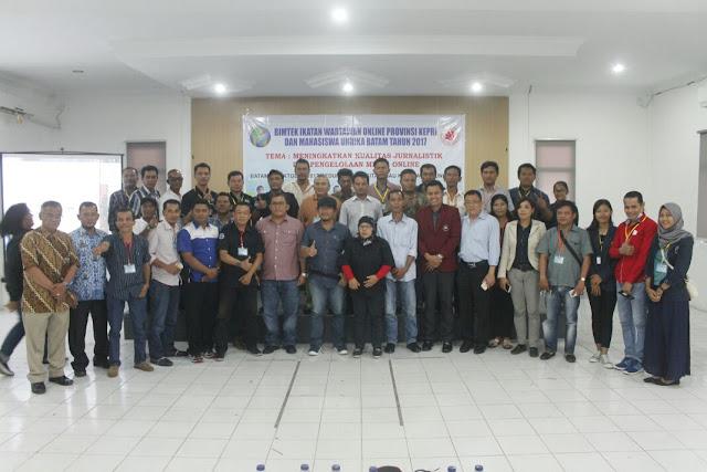 IWO Kepri dan Fakultas Hukum Unrika Sukses Gelar Bimtek Jurnalistik