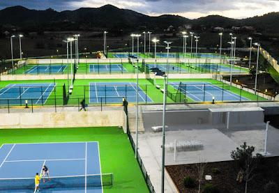 теннисные корты на майорке