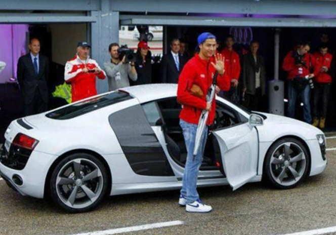Audi Q7 Mobil Cristiano Ronaldo