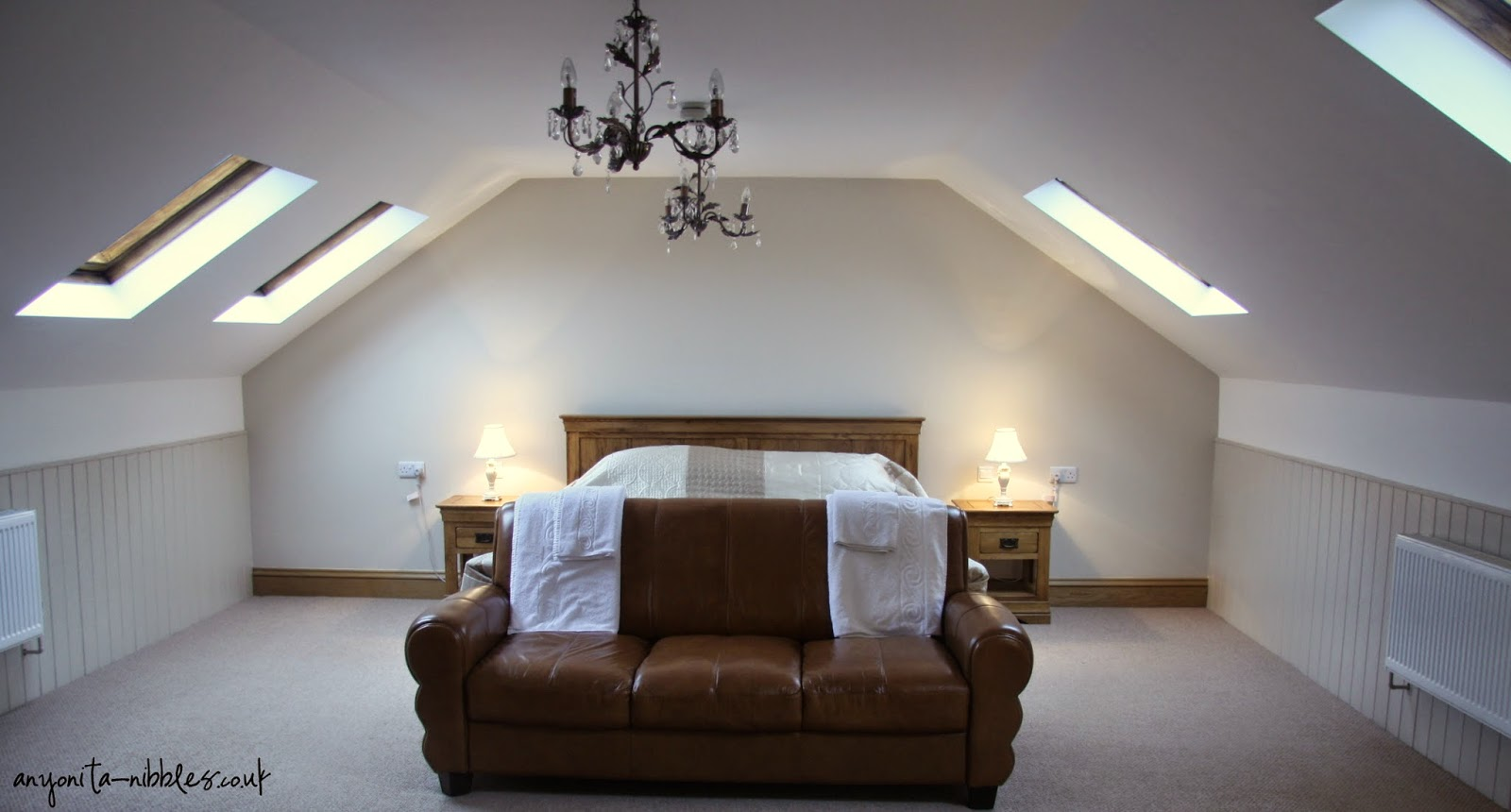 Our king-sized bedroom nestled in the North Yorkshire Moors| Anyonita-nibbles.co.uk