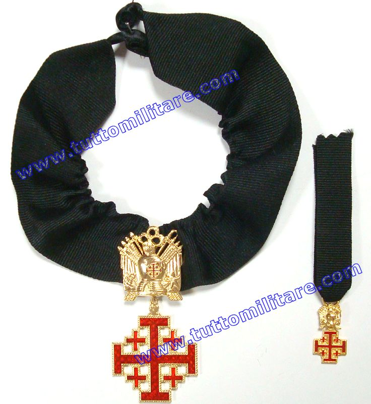 Per le ammissioni all  Ordine del Santo Sepolcro di Gerusalemme si  richiedono particolari requisiti in quanto i Cavalieri e le Dame  costituiscono ... e84be0b407d6