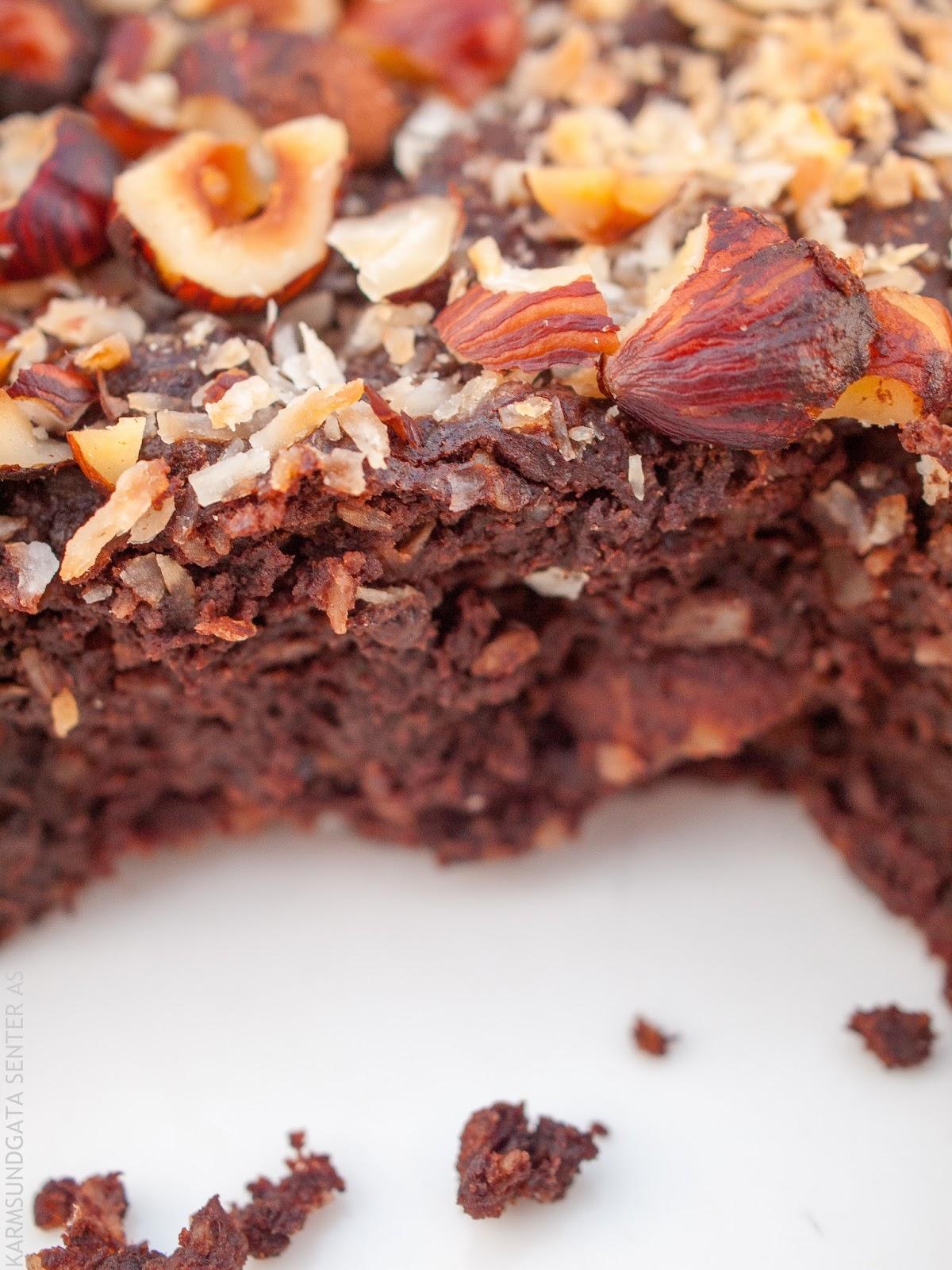 Sunn glutenfri brownie uten mel og sukker oppskrift