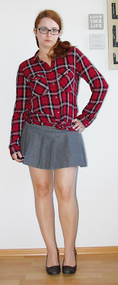 [Fashion] Plaid Everywhere Around: Grey Skirt & Plaid Shirt