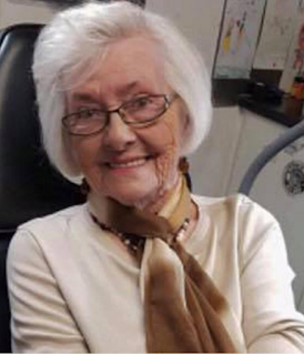 82-year-old woman died after voting for the first time ...