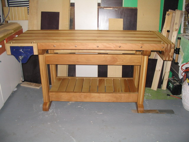 une r alisation de tomy b dard tabli. Black Bedroom Furniture Sets. Home Design Ideas