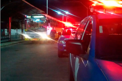 Ônibus circulam com reforço do  policiamento e da escolta da Guarda Municipal de Natal (RN)