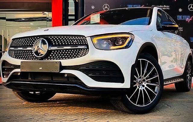 2020-Mercedes-Benz-GLC300-4matic