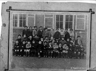 Photo de famille noir et blanc, Ecole