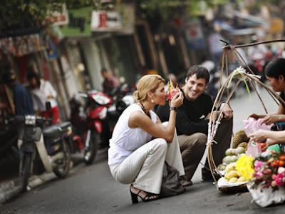 Shopping in the old quarter of Hanoi