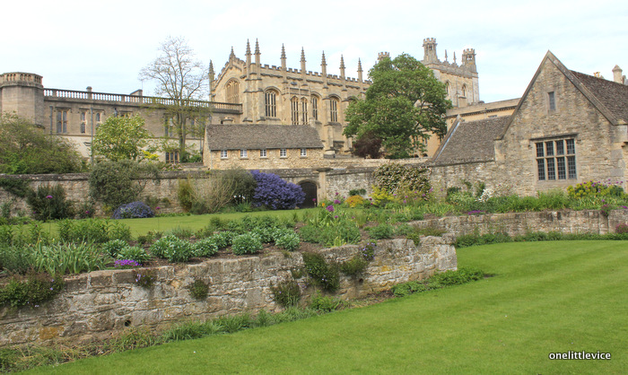 one little vice lifestyle blog: english university colleges in oxford