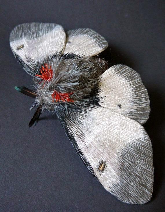 haftowane motyle w 3D