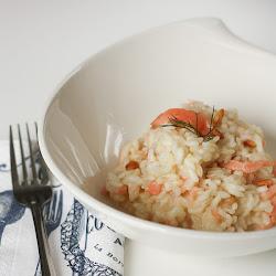 Italijanski rižoto sa dimljenim lososom i tostiranim pinjolima